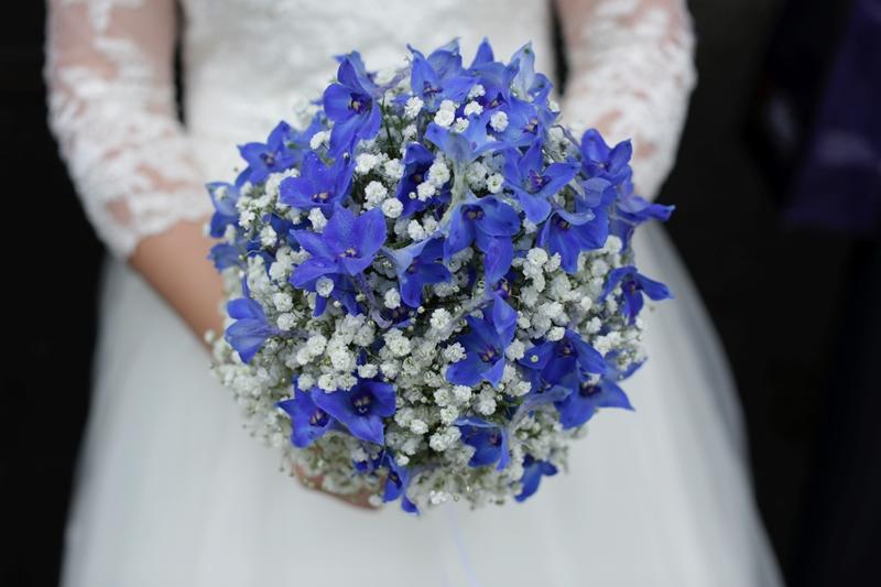 Hochzeit Mit Blauen Hortensien Und Schleierkraut Floral M