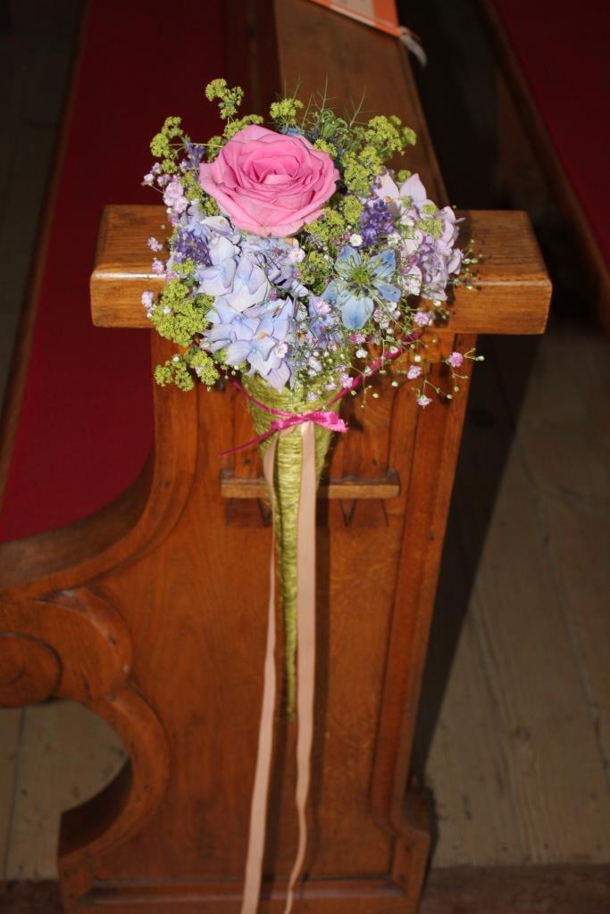 Hochzeit in pr chtigen farben floral m for Raumgestaltung zur hochzeit